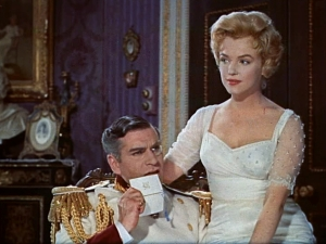 Laurence_Olivier_and_Marilyn_Monroe_in_The_Prince_and_the_Showgirl_trailer_2